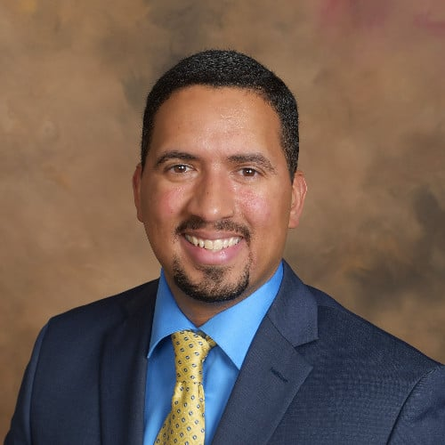 Business podcast: The Mindset You Need to Succeed in Consulting with Dan Burgos: Podcast #204