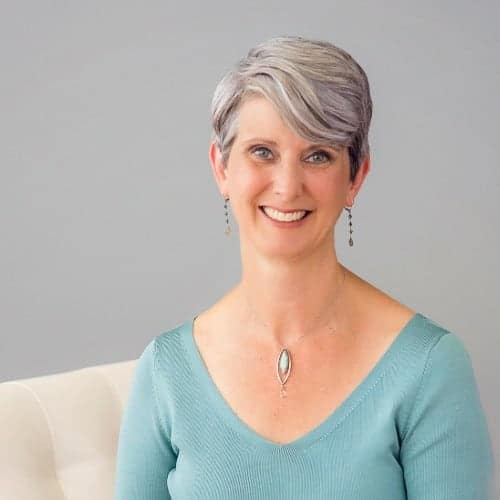 Business podcast: Consulting with Love (Instead of Fear) with Renée Smith: Podcast #203